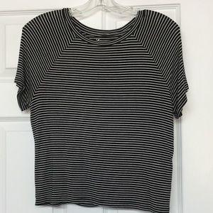 AEO Soft & Sexy black striped cropped t-shirt Sz M